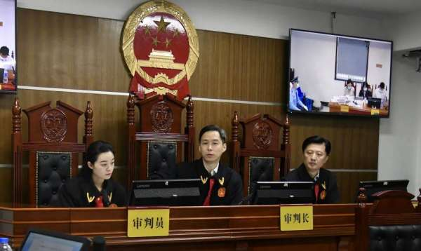 """全国首例!法院对两公司发出""""王者荣耀""""租号禁令"""